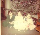 We 3 under the tree  Jr W