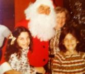 Georgia Middleman with Santa & sister, Jennifer